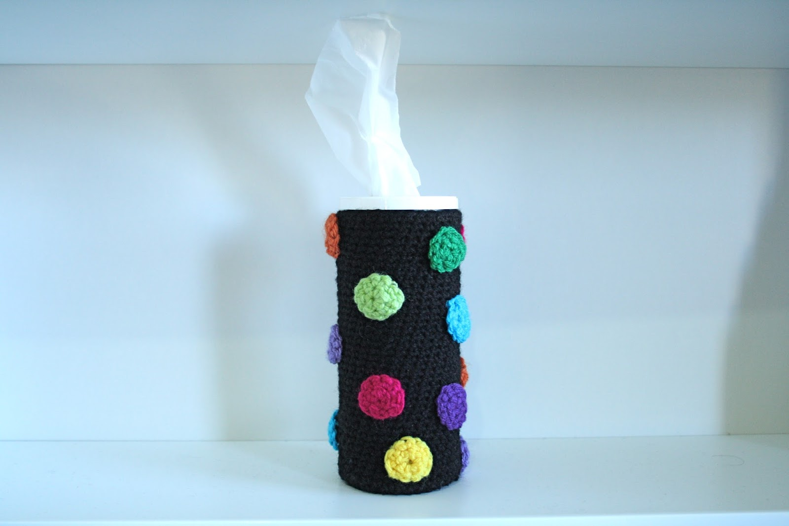 Chelsey crafts crochet car tissue box cover for Tissue box cover craft