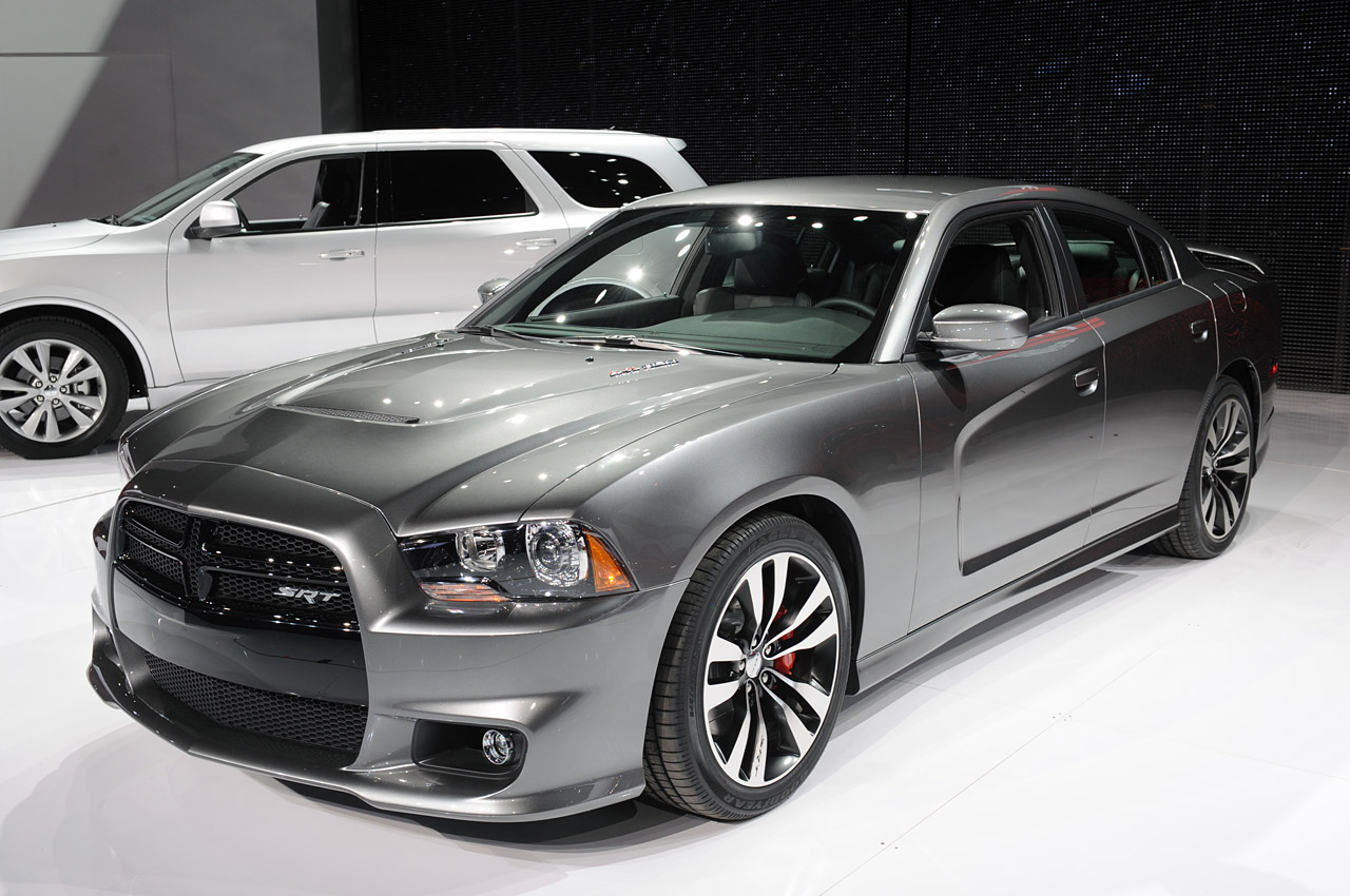 auto accessories dodge charger srt8 is back. Black Bedroom Furniture Sets. Home Design Ideas