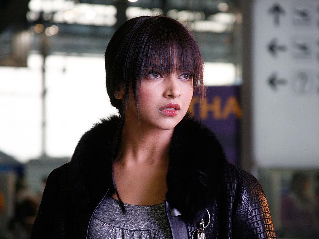 Deepika Padukone Hairstyle