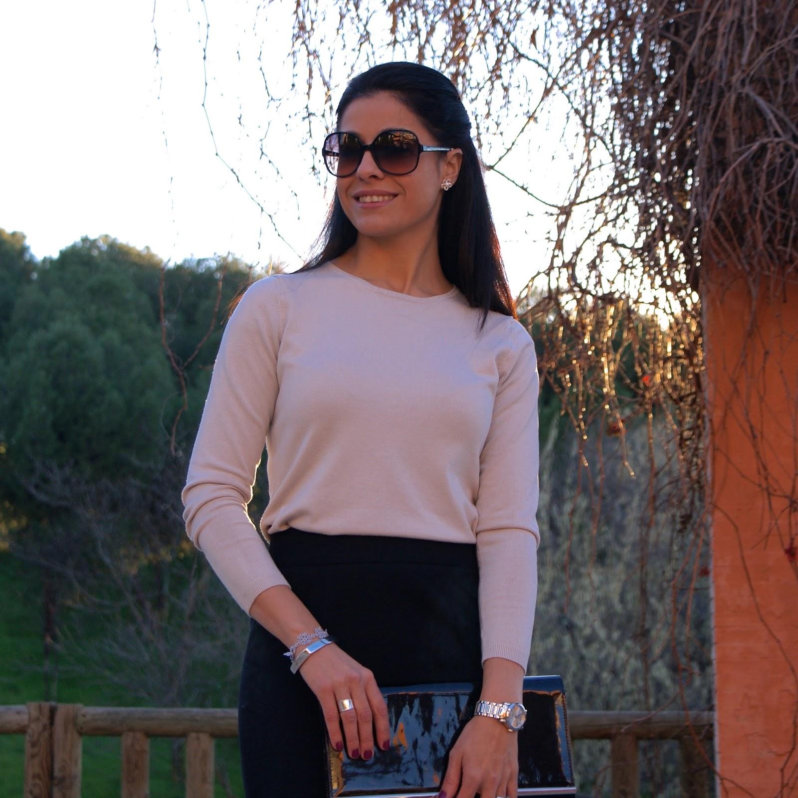 la-caprichossa-blog-de-moda-invierno-2014-style-outfit-total-look-navidad-falda-lapiz