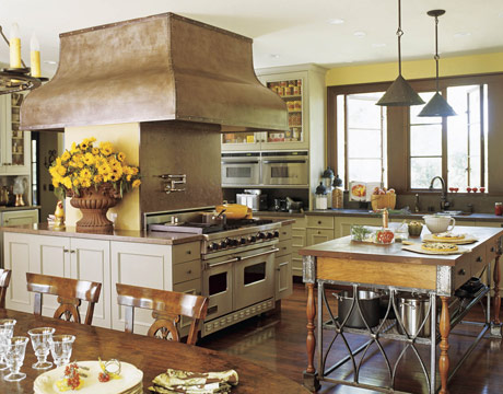Roses and rust kitchen critique for Kitchens with islands in the middle