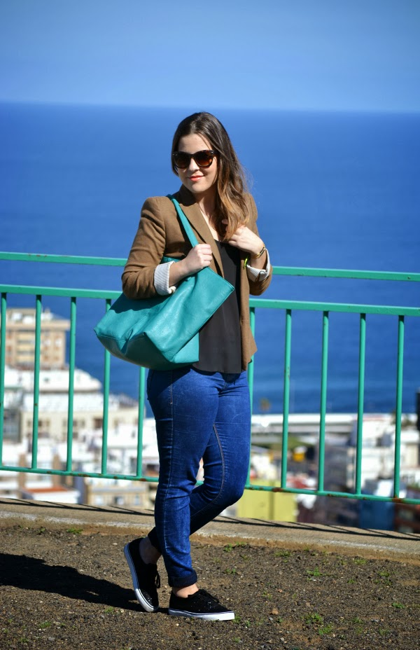 look_outfit_sneakers_glitter_deportivas_blazer_nudelolablog_05