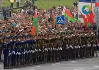Efecto domino en desfile militar