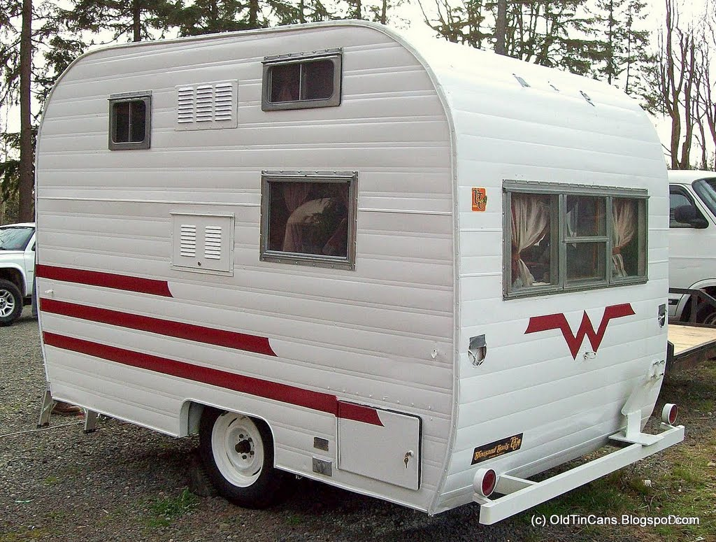 Vintage Travel Trailers New Exterior Paint On The Vintage