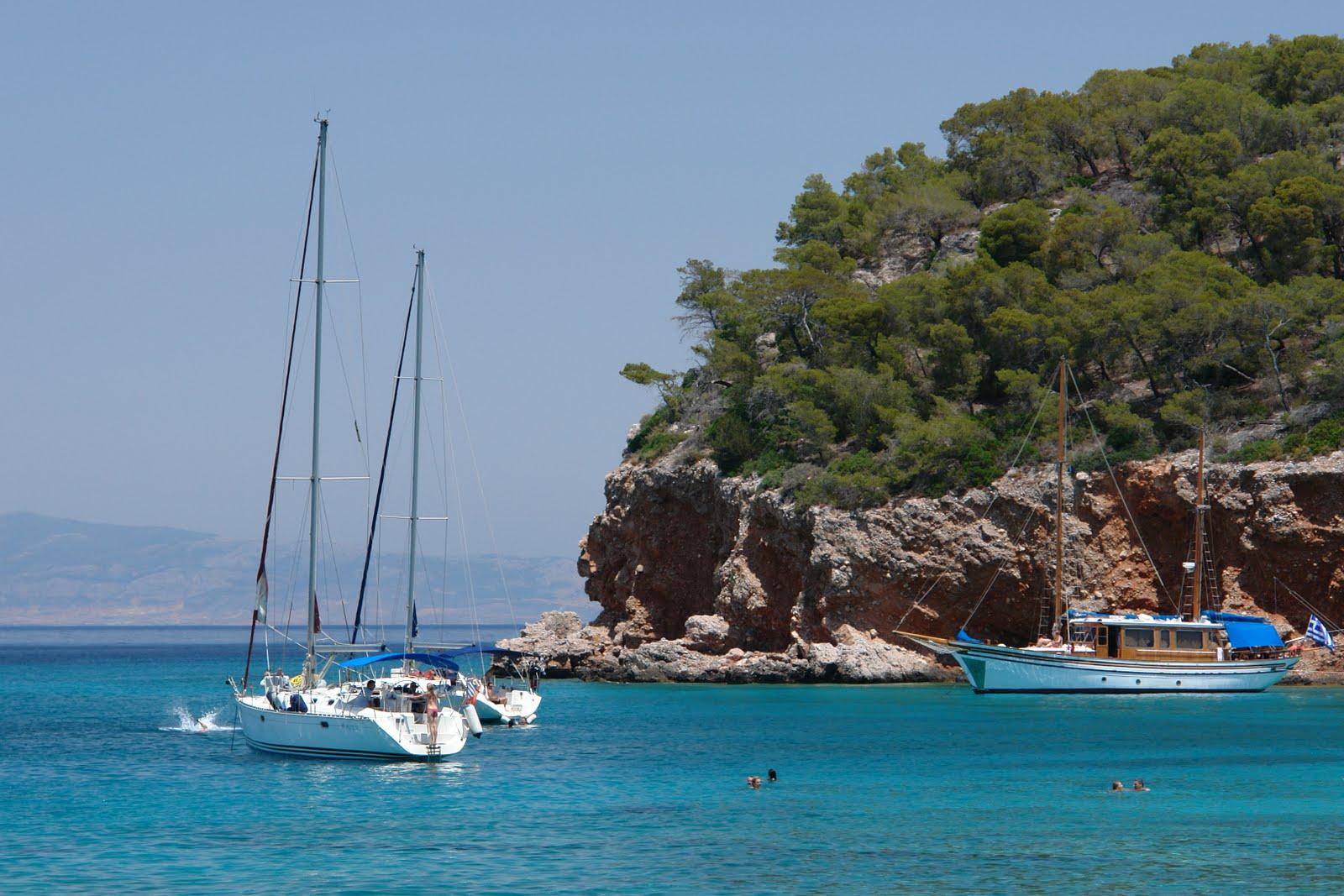 La grecia angistri grecia mare viaggi vacanze for Grecia vacanze