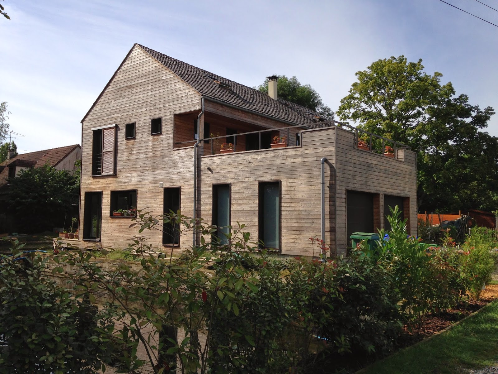Maison bois cernay en bardage red cedar architecte for Architecte maison bois
