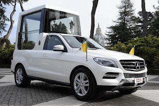 Mercedes-Benz+M+Serisi+Popemobile+1.jpg