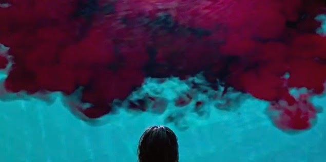 It Follows 2014 film horror david robert mitchell swimming pool blood