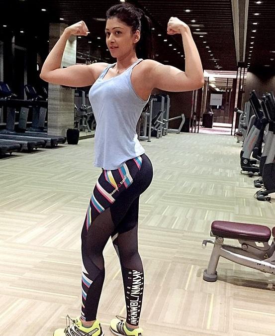 desi girl in yoga pants