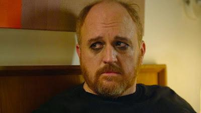 El pobre Louie, maquillado y triste, con cara de corderito