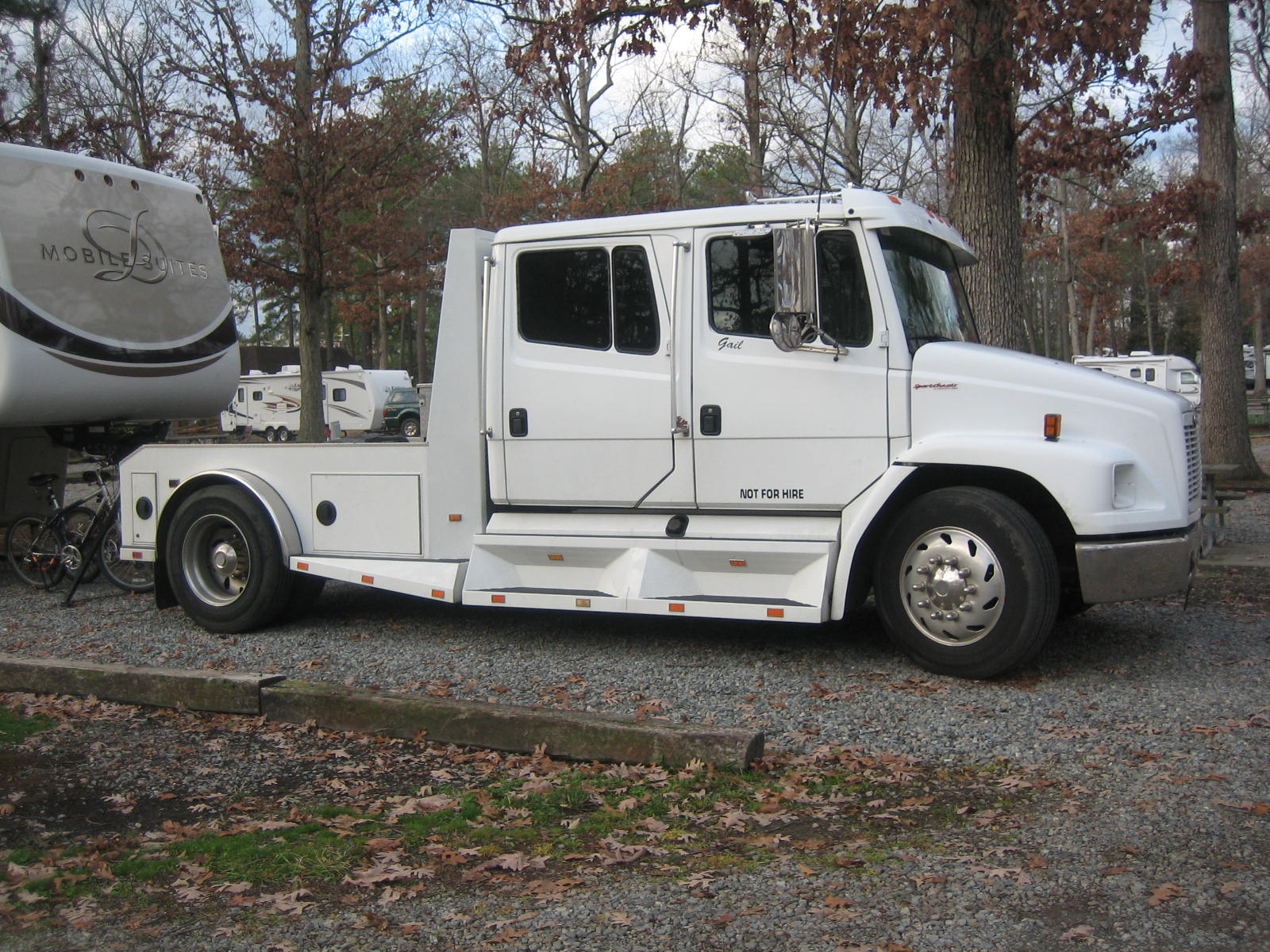 Fifth Wheel Trucks