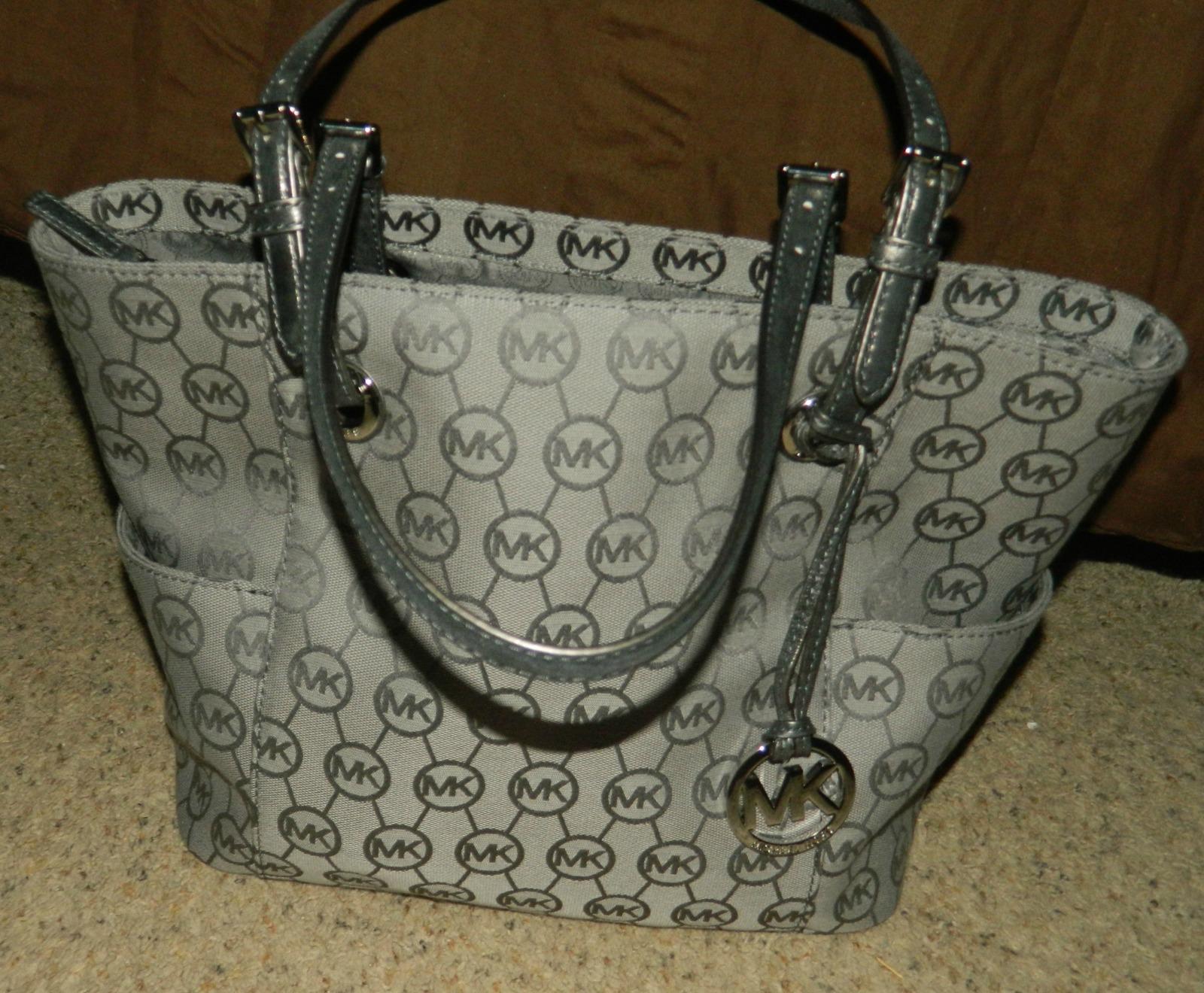 tiffanyheartsmakeup michael kors handbag collection