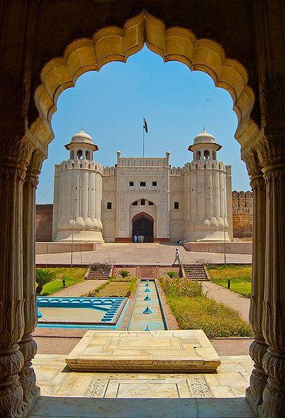 Zmiana wakacyjna czyli teraz będą pakistańskie historyjki