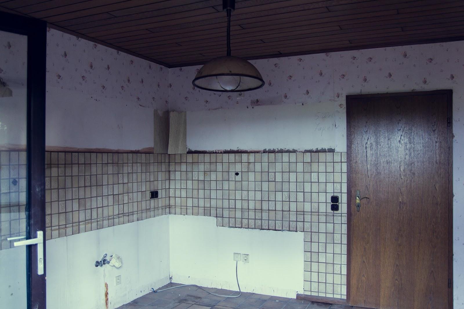 Leergeräumtes Zimmer eines Hauses in  in Immerath Garzweiler Reportagefotografie Andreas Blauth