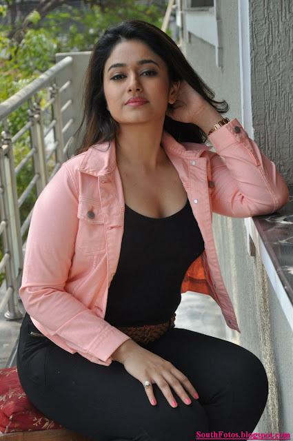 Poonam Bajwa Gorgeous Photos