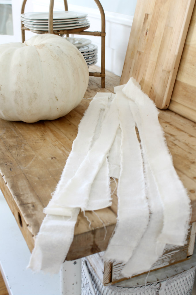 Easiest DIY Mummy Pumpkin The Wicker House
