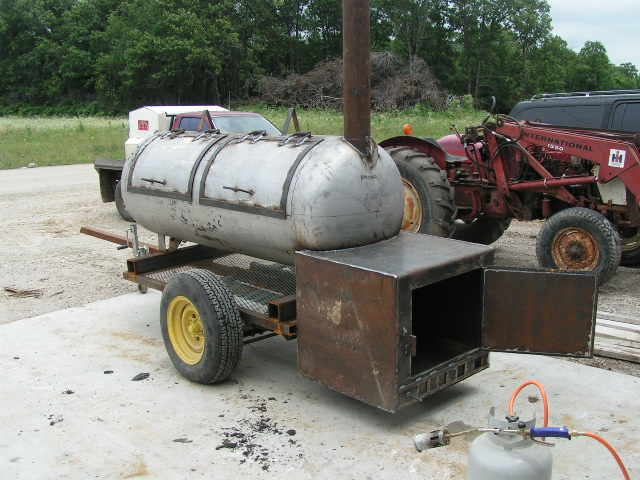 Babyboomerboys cooking blog building a 250 gallon reverse flow smoker malvernweather Choice Image