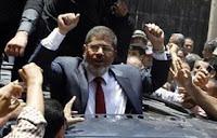 ننشر تفاصيل لقاء مرسى مع شباب الثورة اليوم