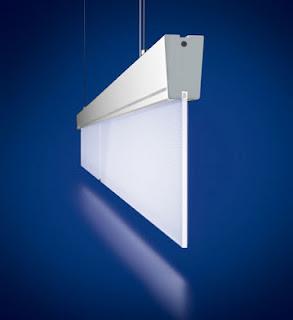Panel delgado de iluminación lineal y uniforme suspendida del techo