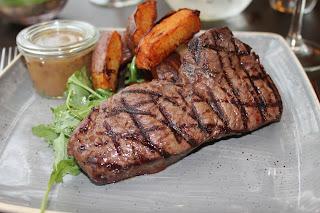 Steak, Chips, Mains, restaurant review, Marriott Hotel, Waltham Abbey, Essex, lbloggers, fdbloggers,