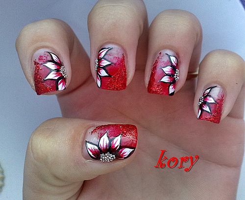 Women cool nail art