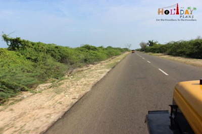 Well built road to Dhanushkodi