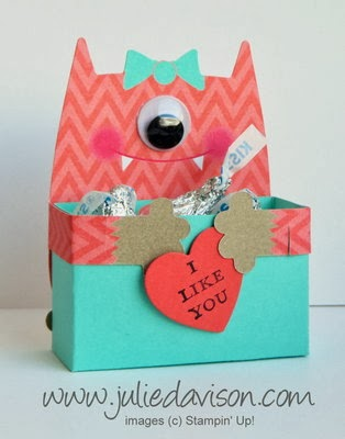 http://juliedavison.blogspot.com/2014/01/video-valentine-monster-hugs-treat-box.html