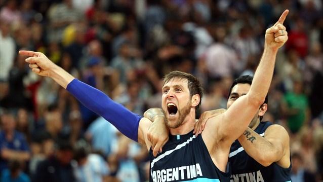 Argentina 82 Brasil 77 Londres 2012