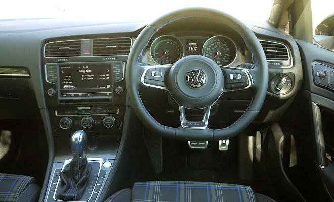 Volkswagen Golf GTE driver's view