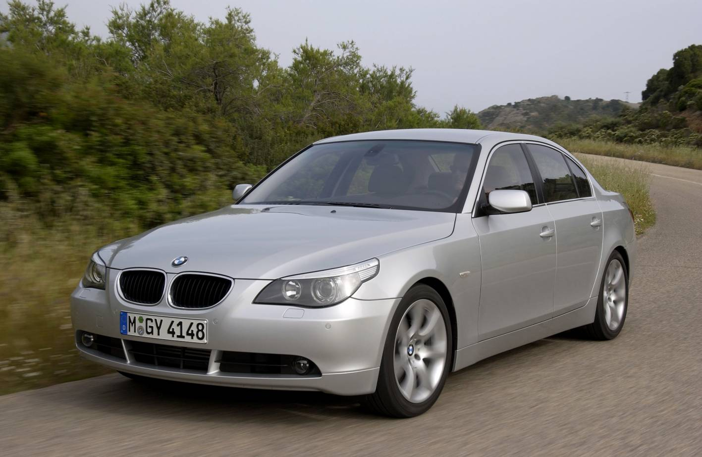 the gearbox car news reviews and advice car of the week bmw 525i review. Black Bedroom Furniture Sets. Home Design Ideas