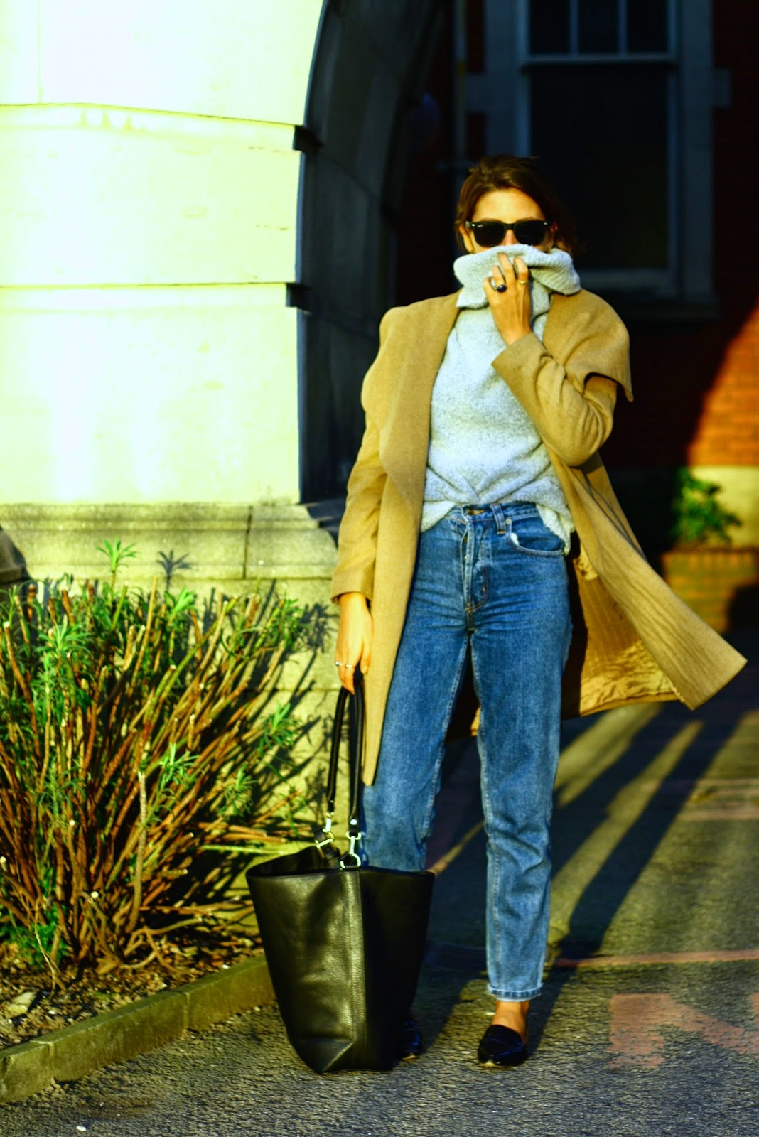 Vintage high street fashion blogger