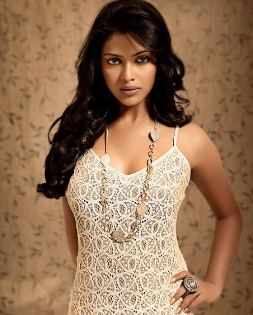 amala paul snaps latest photos