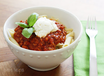 15+ From-Scratch Slow Cooker Pasta Sauce Recipes featured on SlowCookerFromScratch.com
