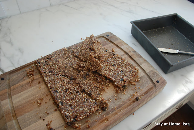 crumbling homemade larabars