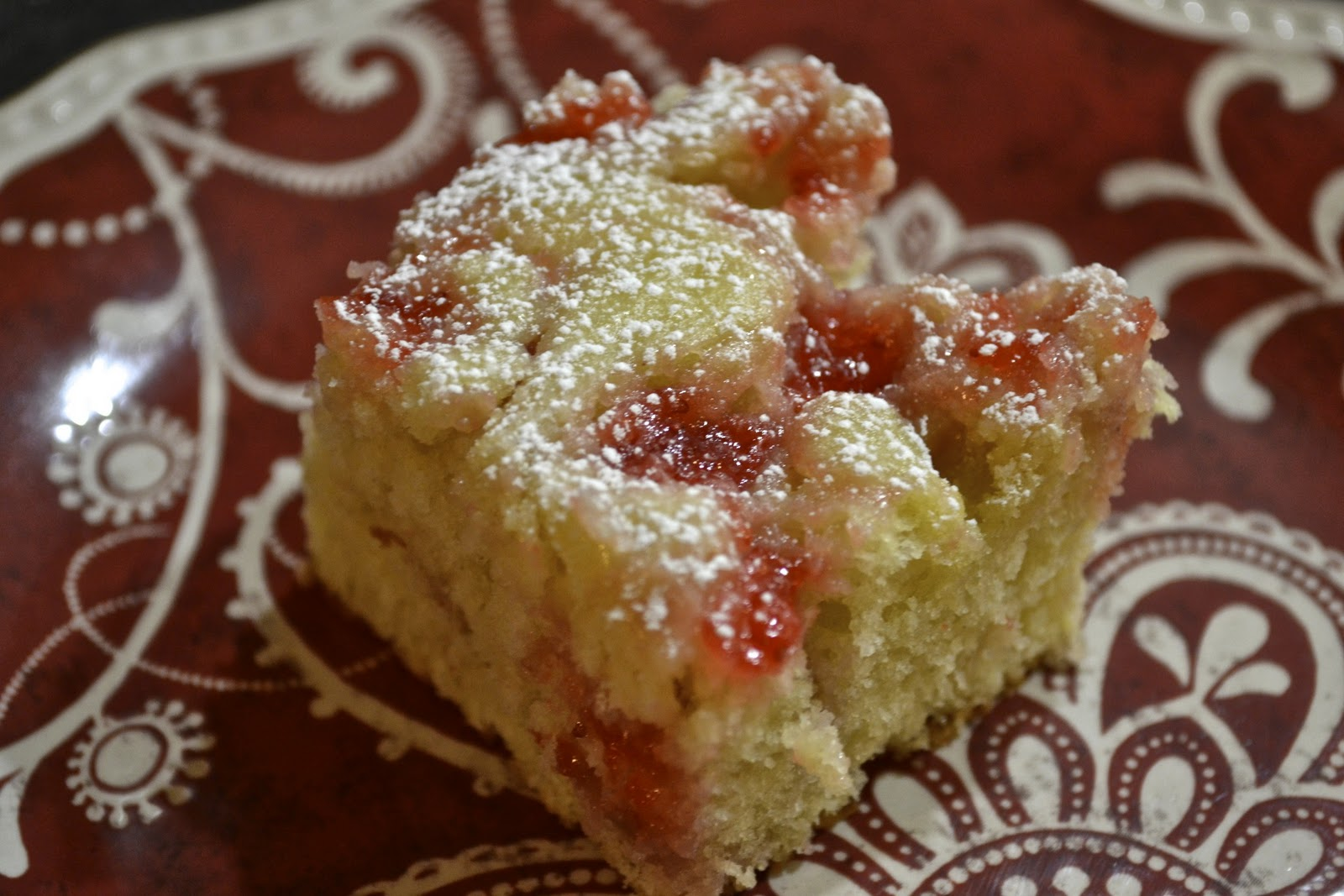 """Point-less"" Meals: Cream Cheese Strawberry Coffee Cake"