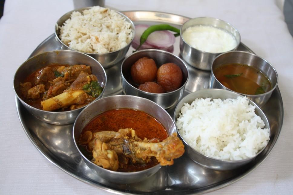 Chicken Pulusu ~ Kurnool Style | Non Veg Indian Thali | Cooking 4 ...
