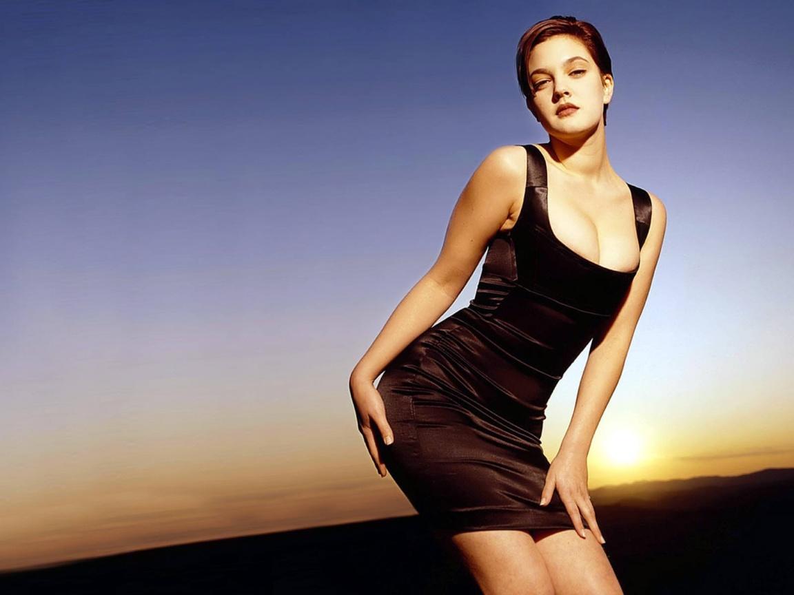 Drew Barrymore Hot Wallpapers | ImageBuzz