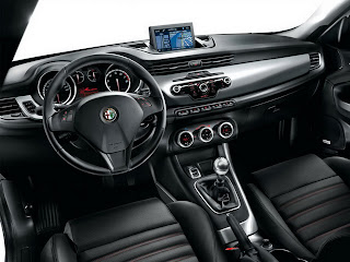 Alfa Romeo Giulietta Wallpapers