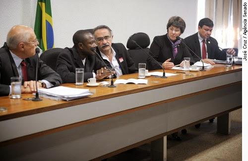 Senado haitiano exige saída das tropas da ONU