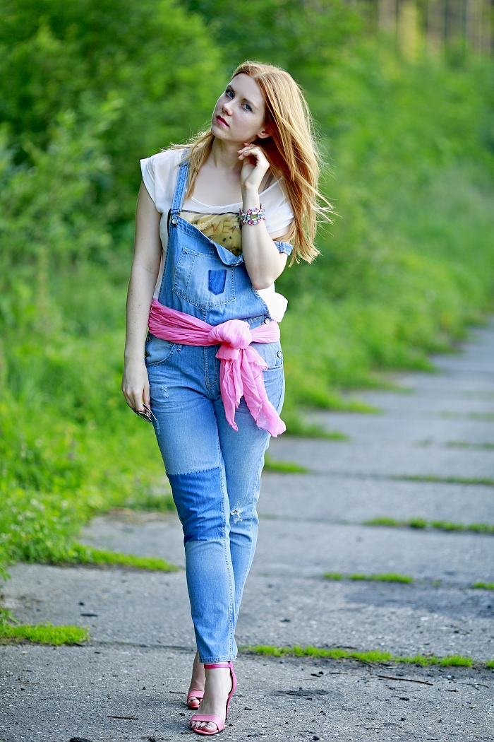berhka denim dungarees, pink she likes sandals, ginger blogger, crystal bracelet