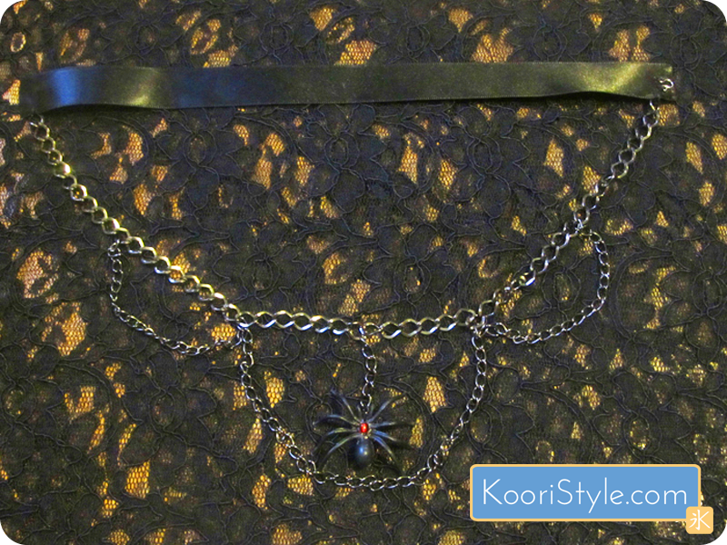 Koori KooriStyle Kawaii Cute Handmade Halloween Spooky Spider SpiderWeb Necklace HalloweenIdea