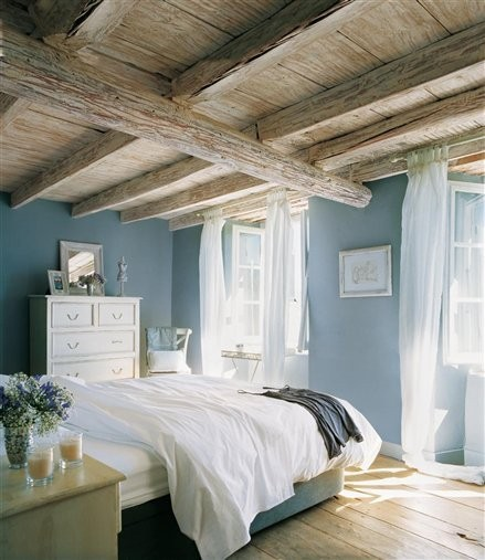 Moois en liefs wonen in wit met een kleurtje - Scandinavische blauwe ...