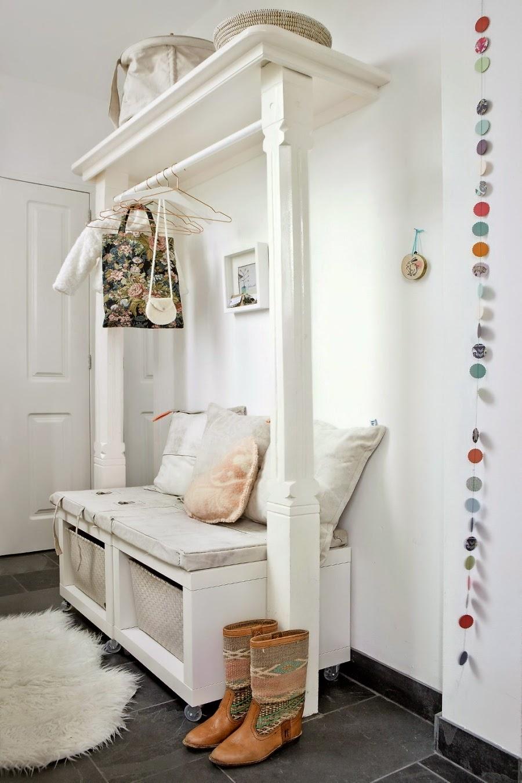 wystrój wnętrz, home decor, wnętrza, dom mieszkanie, urządzanie, pastelowe kolory, róż, jasne wnętrze, białe wnętrze, przedpokój