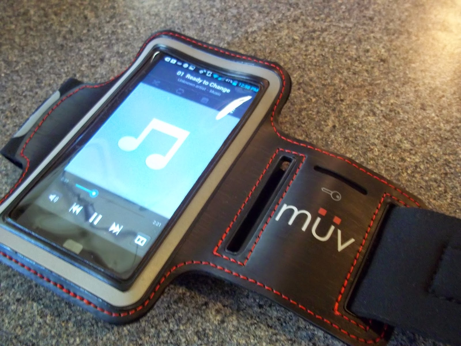MuvUSA iPhone 5 Armband Review