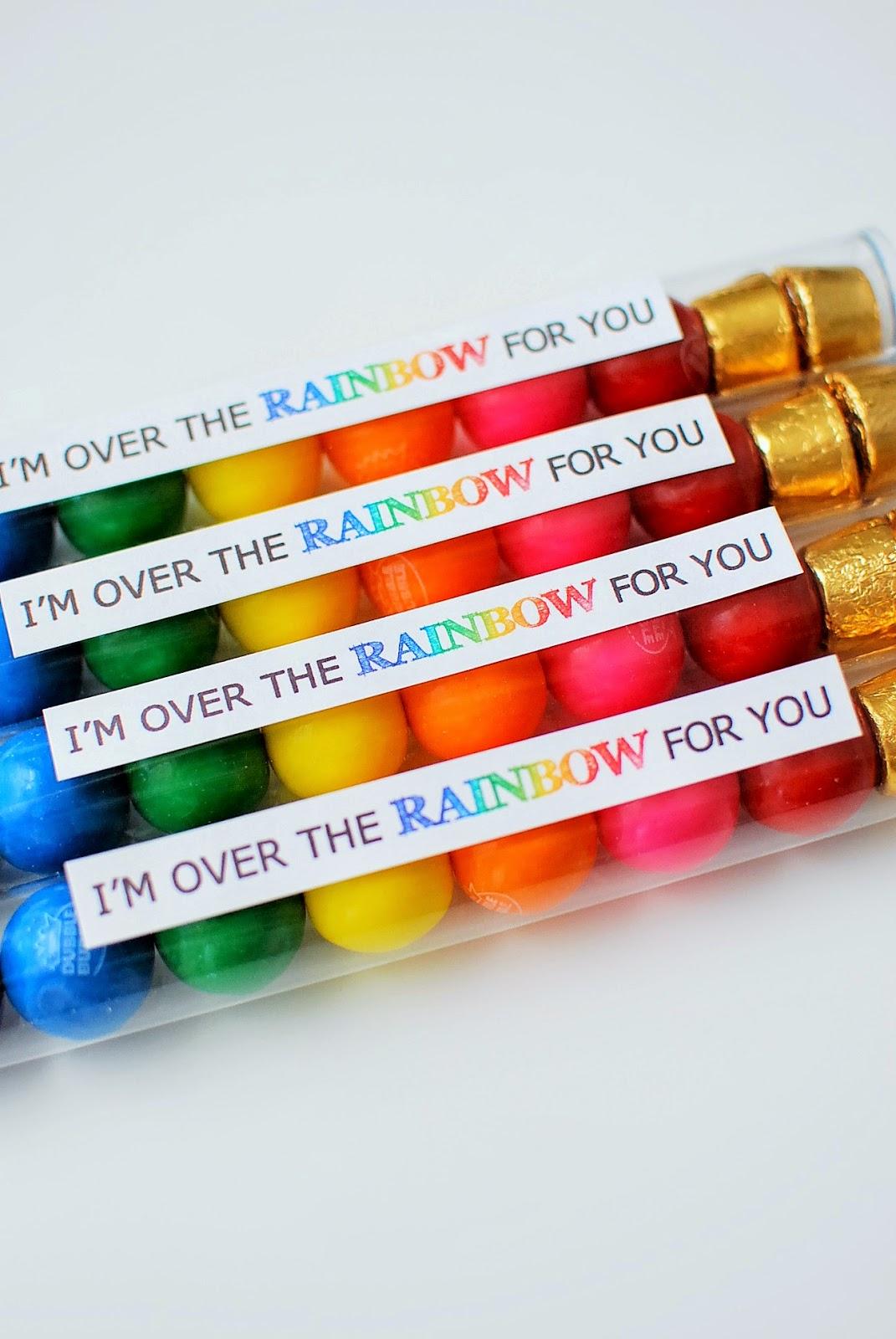 http://3.bp.blogspot.com/-chv6SA1xvag/VPiiibXAj-I/AAAAAAAAN74/5FdK8eldKkI/s1600/rainbow-patrick-flag%2B(2).JPG