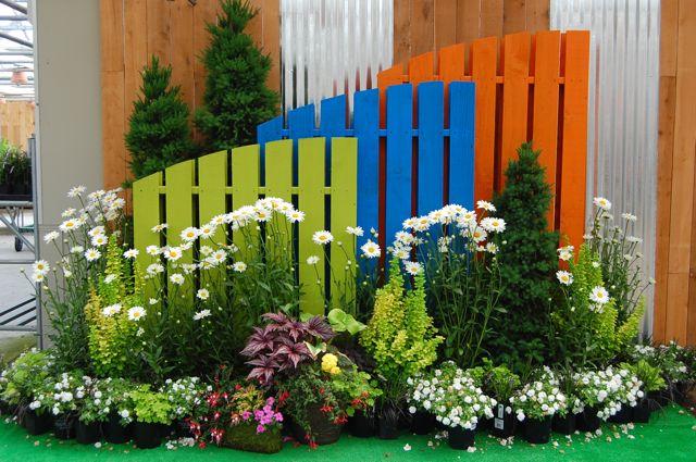 V r p zetas tr dg rd for Display home garden designs