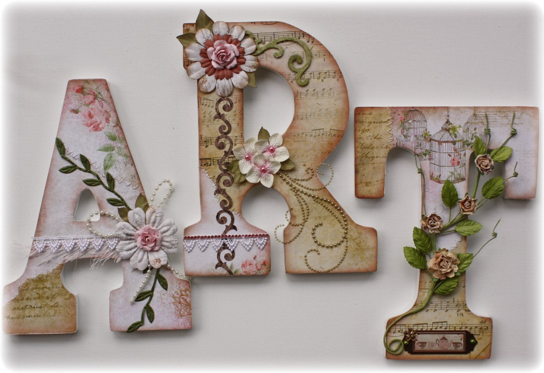 Vintage style scrapbook ideas - Friday May 11 2012