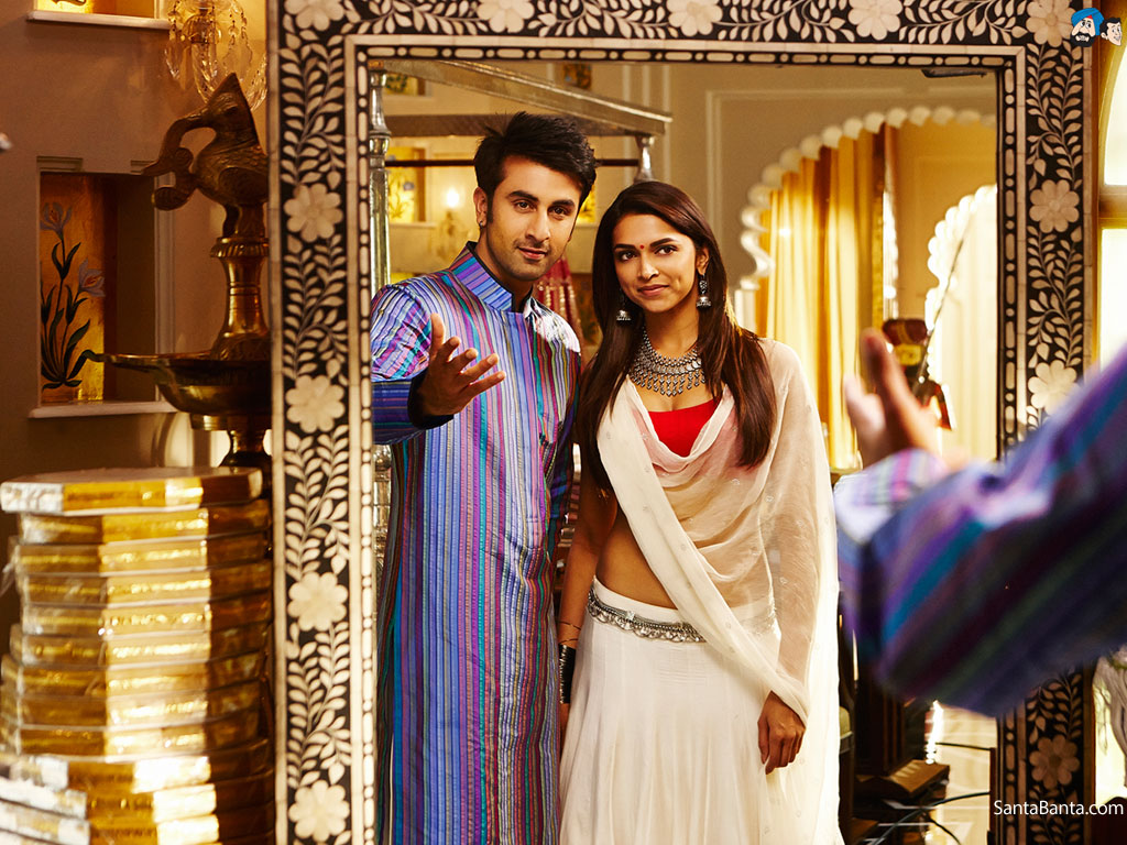 Ranbir Kapoor and Deepika Padukone stills from yeh jawaani ...