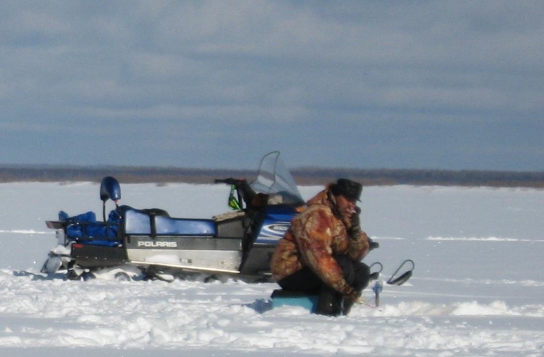 снегоход на рыбалке