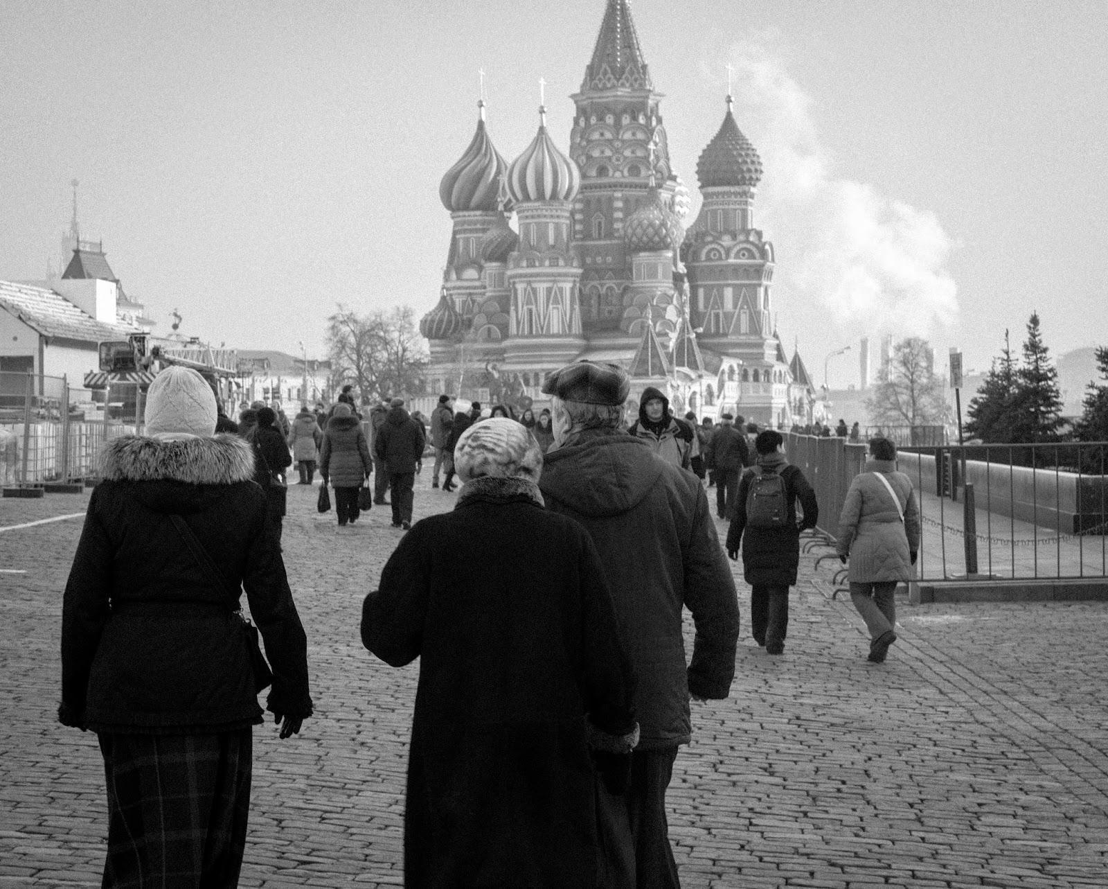 Sıcak Denizlere Inemeyenlerin Diyarı aka Ah Be Andrei Rublev